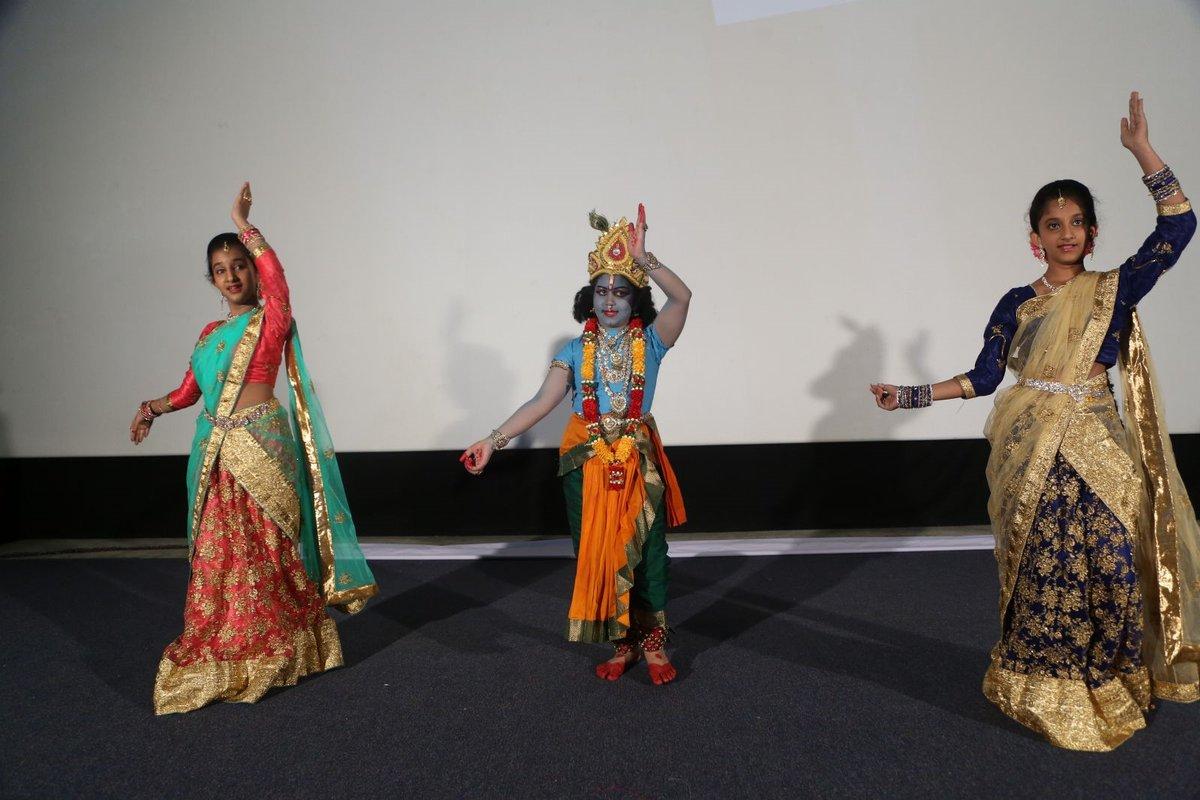Endaro Mahanubavulu movie audio-HQ-Photo-19