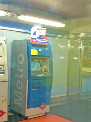 Nuevo límite de pago con tarjeta en las máquinas del metro
