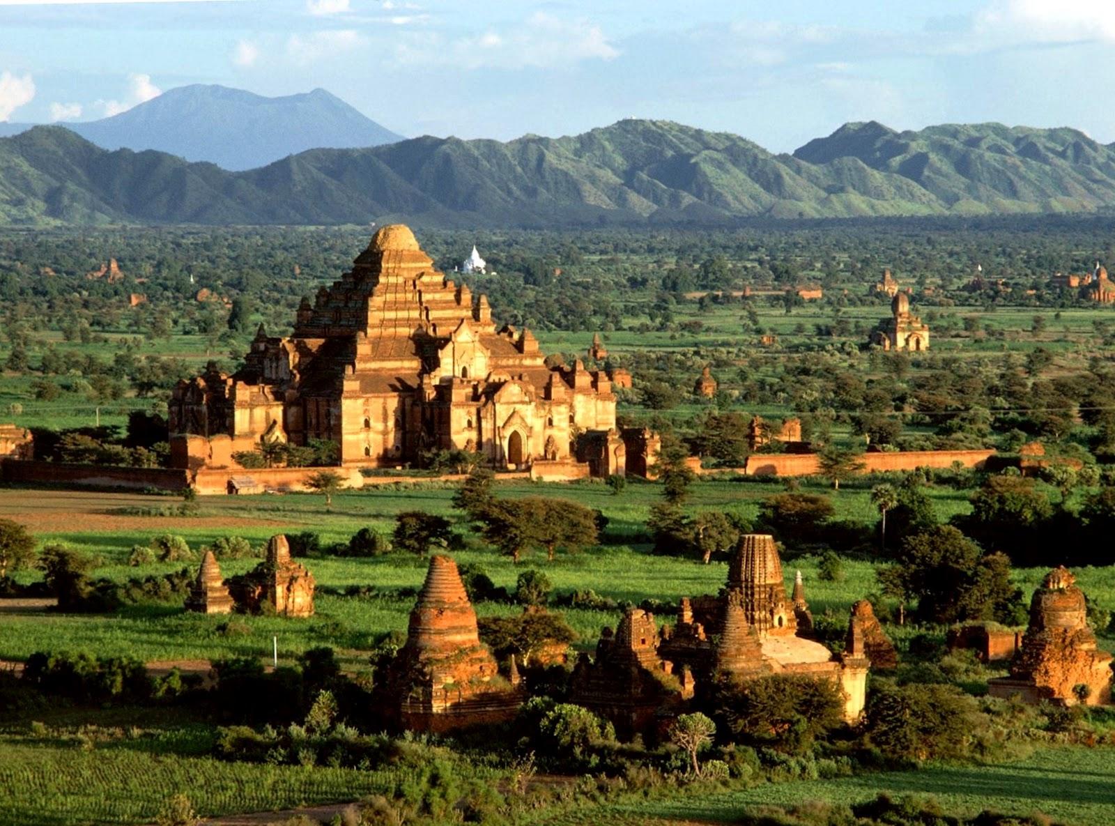 Cambodia. A voyage to Cambodia, Asia - Phnom Penh