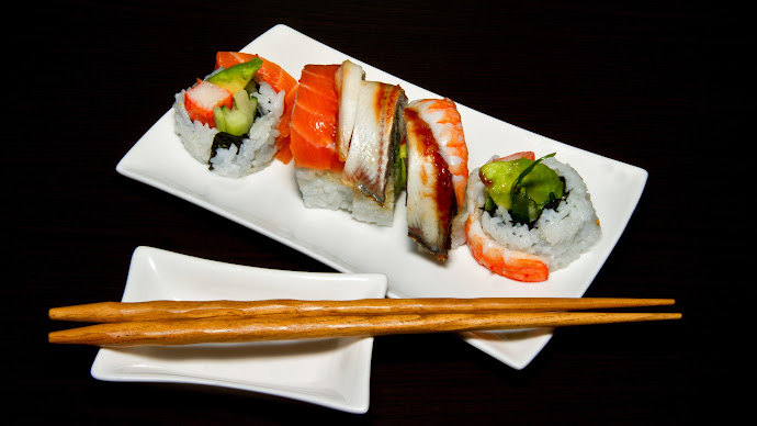 Wallpaper: Tasty Sushi