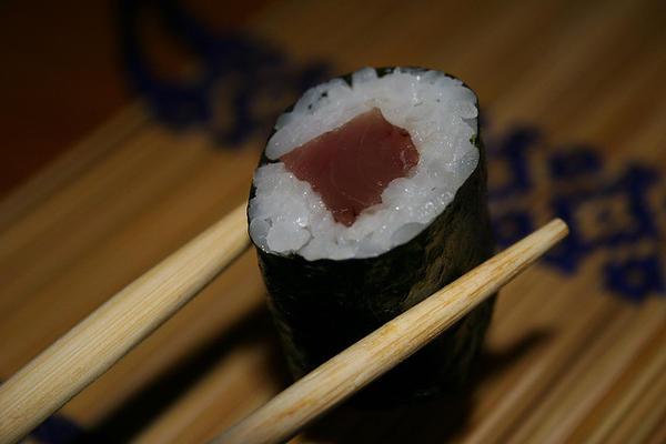 101 เมนูซูชิ ข้าวห่อสาหร่ายไส้ปลาทูน่า, เท็กกะมากิ (Tekkamaki)