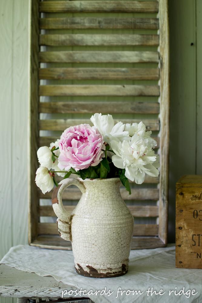Fresh flowers for spring decor