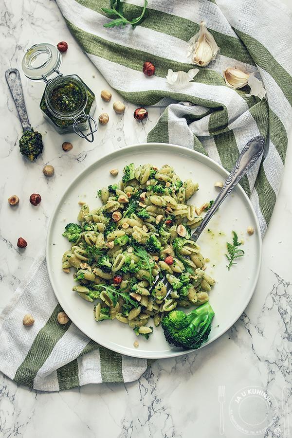 Pasta pesto sa brokolijem