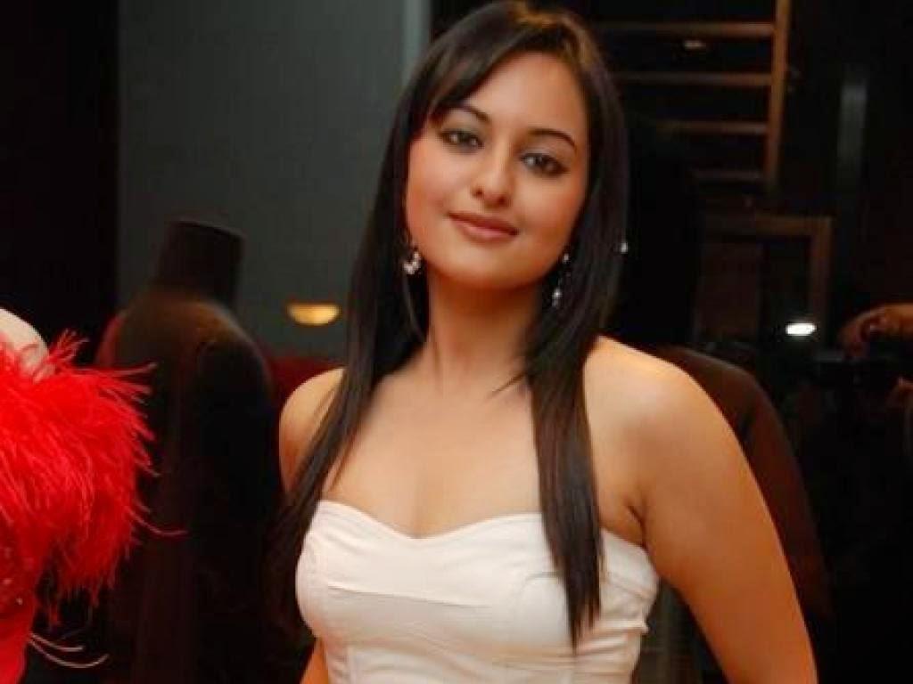 Free Download Bollywood Actress Sonakshi Sinha Full Hd Hot -5128
