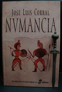 Portada del libro Numancia, de José Luis Corral