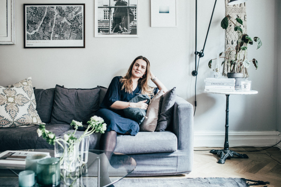 THIS IS HOW AN INTERIOR DESIGN BLOGGER LIVES AT HOME