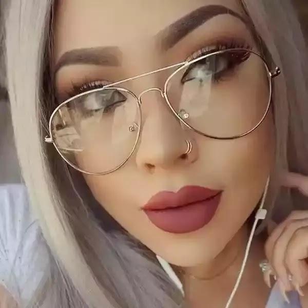 رمزيات بنات لابسين نظارات انستقرام