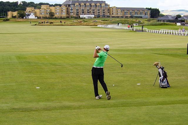 club golf kampus inggris