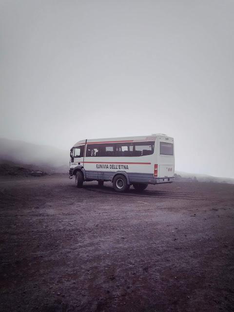 parking Jeep 2900 m n.p.m. Torre del Filosofo Etna
