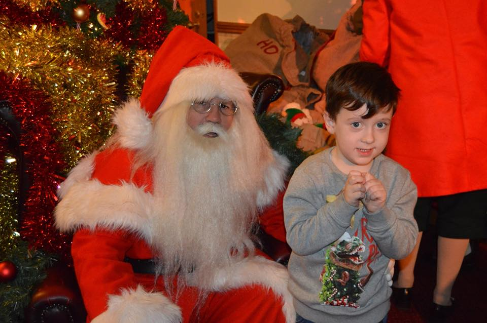 10 of the Best UK Christmas Breaks for Families 2018  - Santa Sleepovers Alton Towers