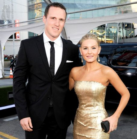 Dion Phaneuf's wife Elisha Cuthbert appears in a Netflix ...