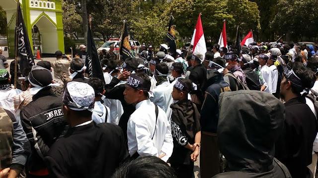Aksi Bela Bendera Tauhid Membahana di Garut, Solo dan Bogor