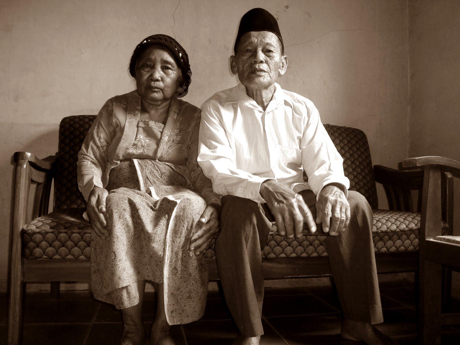 purnomosudjadi Bersama sampai kakek nenek