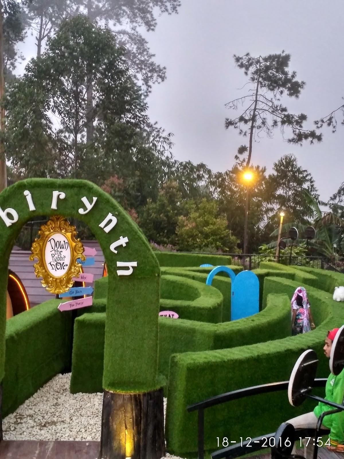 Jalan Jalan Ke Dusun Bambu Farm House Dan Dago Dream Park Curly Story