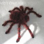 http://translate.googleusercontent.com/translate_c?depth=2&hl=es&rurl=translate.google.com&sl=auto&tl=es&u=http://bettys-creations.blogspot.com.es/2010/10/tarantula-mit-anleitung.html&usg=ALkJrhhNXItj9Ya_XQOxtP3IePza7WwlOg