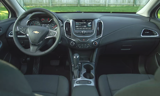 2019 Chevy Cruze Hatchback Interior