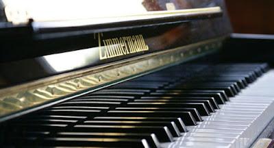 Phương pháp chơi đàn piano cổ điển cho người mới học