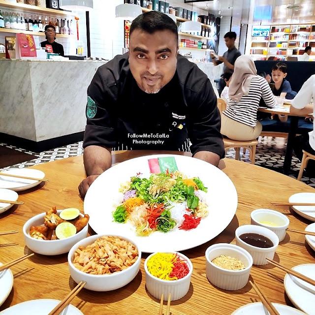 Group Executive Chef Timothy Sebastian Posing With His Special Soft Shell Crab Yee Sang