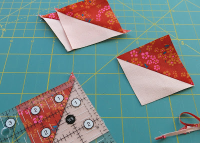 Sugar Rush pattern by Laura Pritchard - Work in progress - Making HST