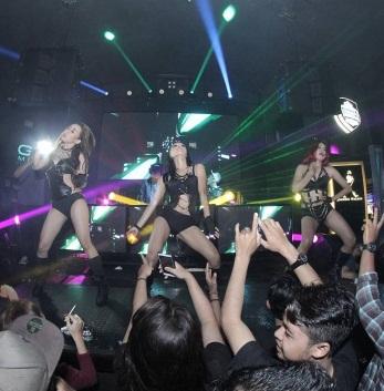 Tempat dugem clubbing night club di yogyakarta for Terrace yogyakarta