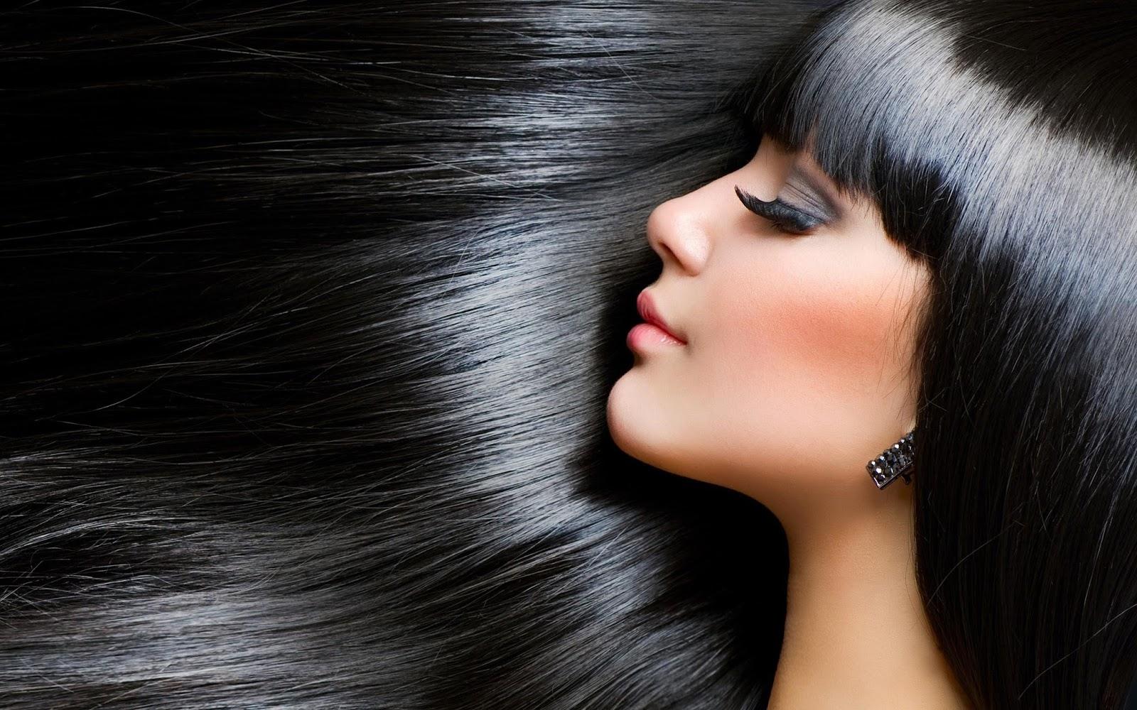 Rambut cantik alami berwaran hitam manis dan indah