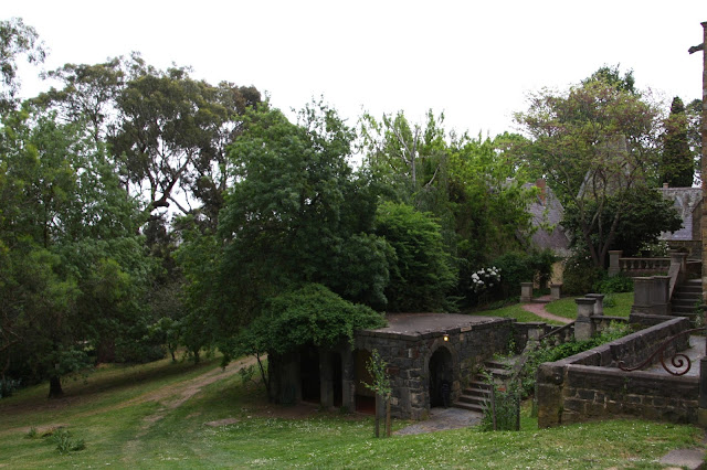 Montsalvat, Eltham