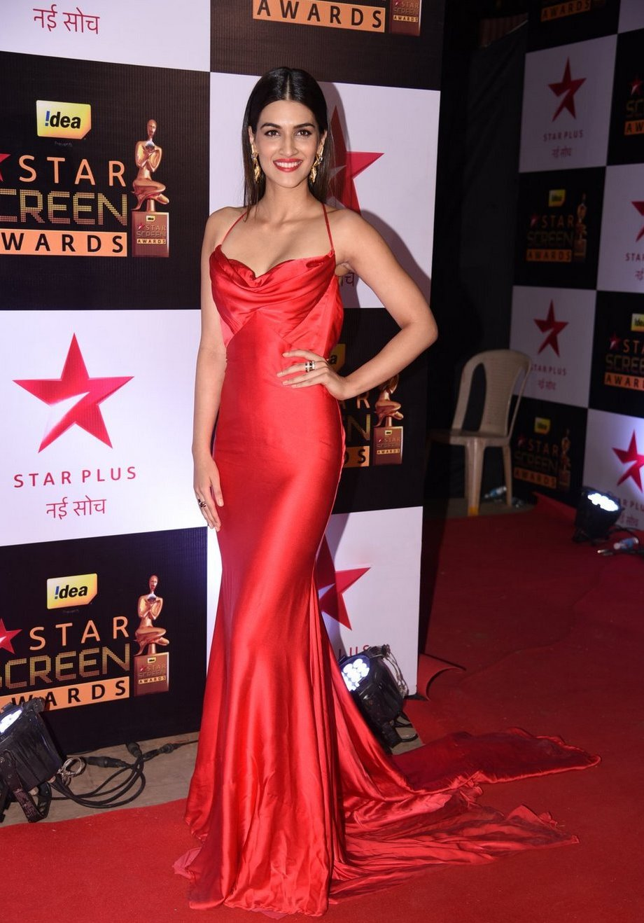 Model Kriti Sanon Smiling Face Photos In Red Dress
