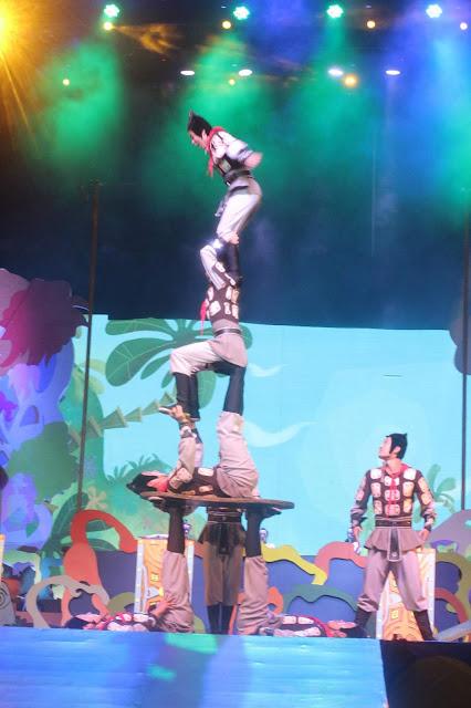 sirkus dreamland di trans studio bandung