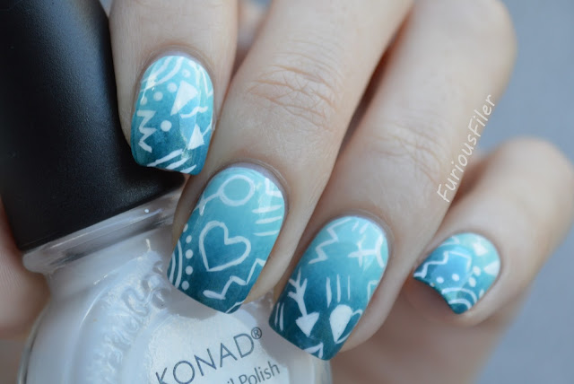 #31dc2015 doodles gradient mint free hand nails
