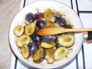Preparare mancare de prune la tigaie retete,