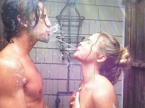Why Showering With Your Partner Is The Best Thing To Do In The Morning!
