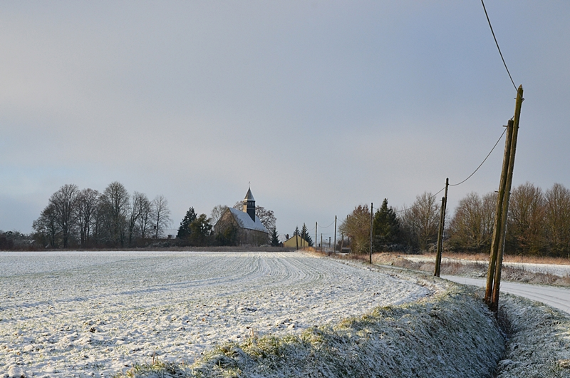 Paysage sous la neige Village Campagne Fontenouilles Puisaye Yonne