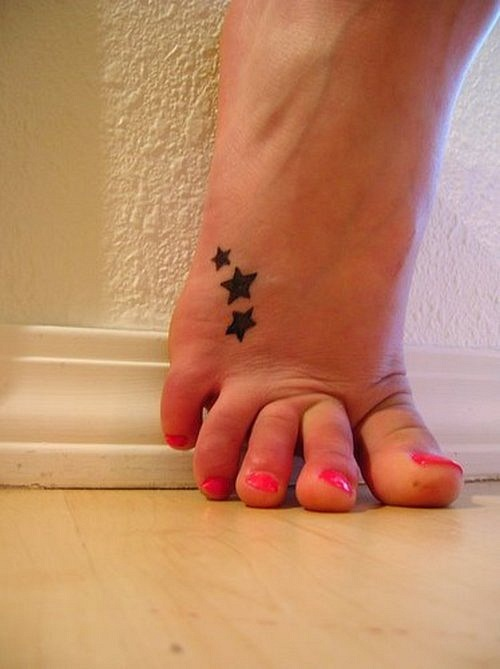 CR Tattoos Design: Small Foot Tattoos For Women