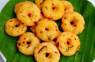 Instant Medhu Vadai in Tamil