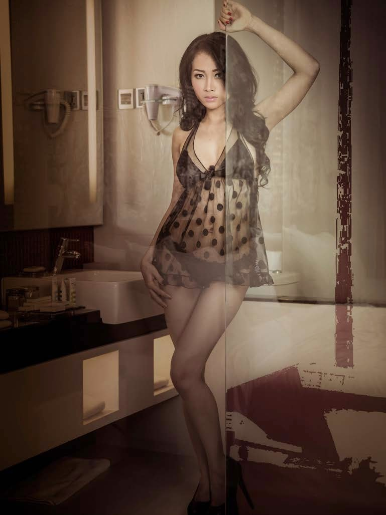 Foto Seksi Ratu Kirana Lingerie Hot Unpublished 2015 (12)