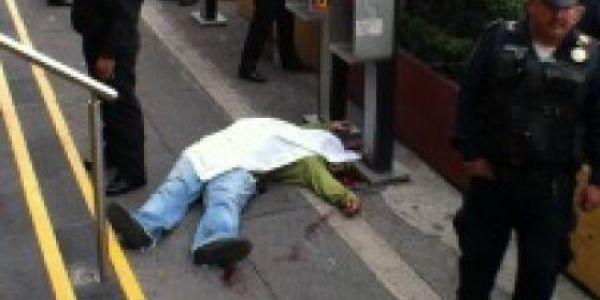 Tres muertos, entre ellos un policía, tras un asalto a mano armada