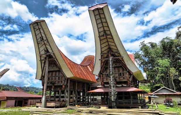 Rumah Tongkonan, Rumah Adat Suku Toraja Sulawesi Selatan