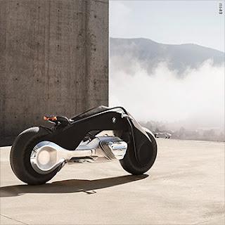 Self balancing BMW Motorrad motorbike