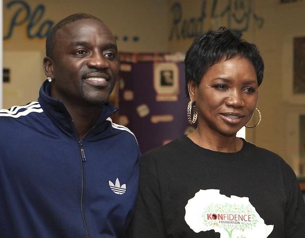 Akon%2Bsteps%2Bout%2Bwith%2Bone%2Bof%2Bhis%2Bwives%2Bin%2BFrance%2B2.jpg