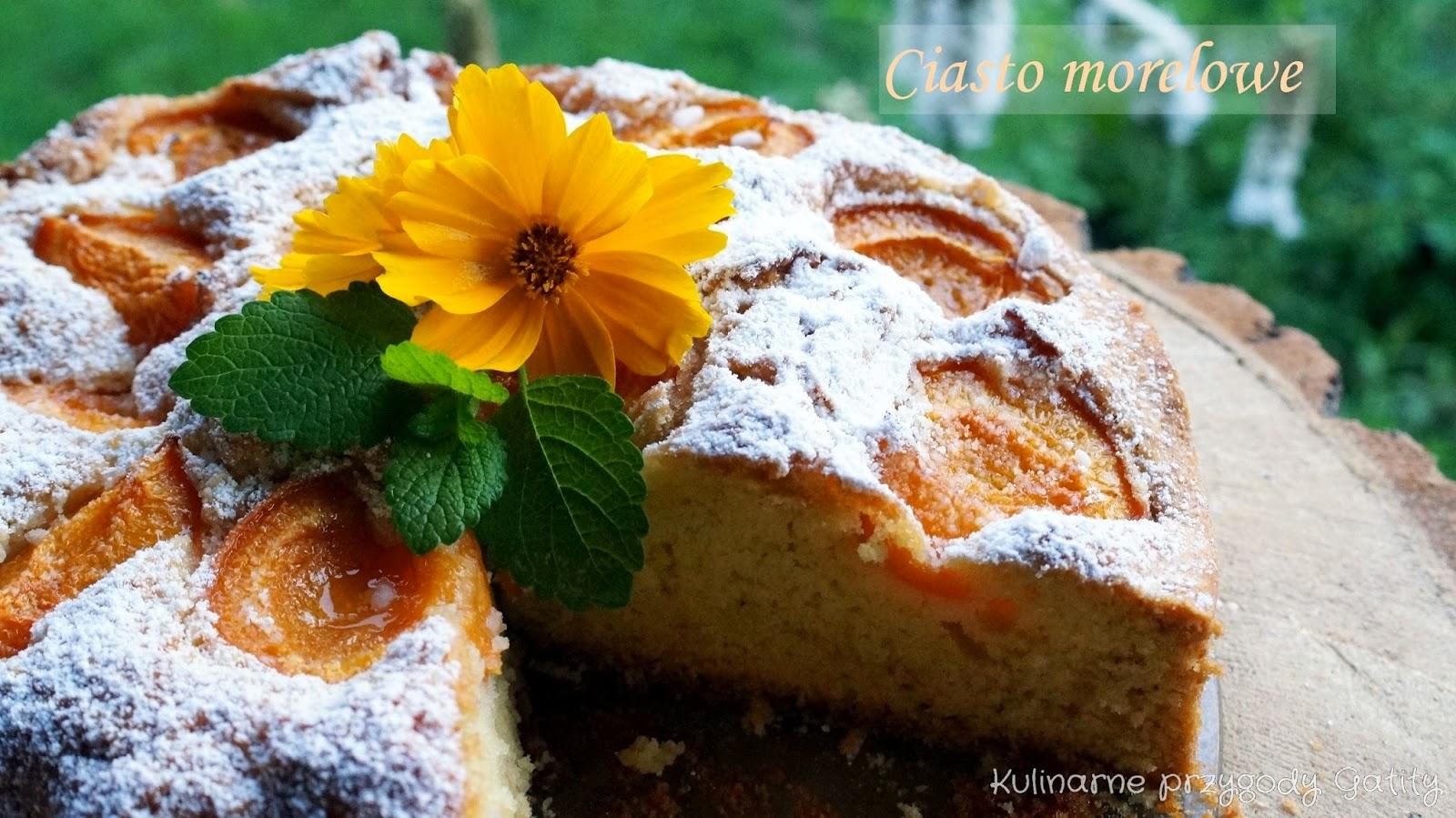 ciasto-z-kawalkami-owocow