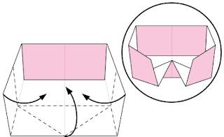 Bước 6: Gấp 3 cạnh tờ giấy vào trong.