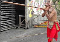 Tradisi Sumpit Kalimantan
