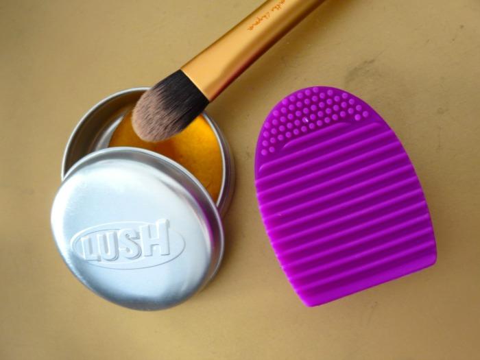 Brushegg + Real Techniques foundation brush + Lush Brazilliant shampoo bar