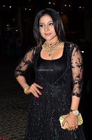 Sakshi Agarwal looks stunning in all black gown at 64th Jio Filmfare Awards South ~  Exclusive 020.JPG