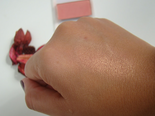 Blush Mineral com brilho Shy Mary Kay