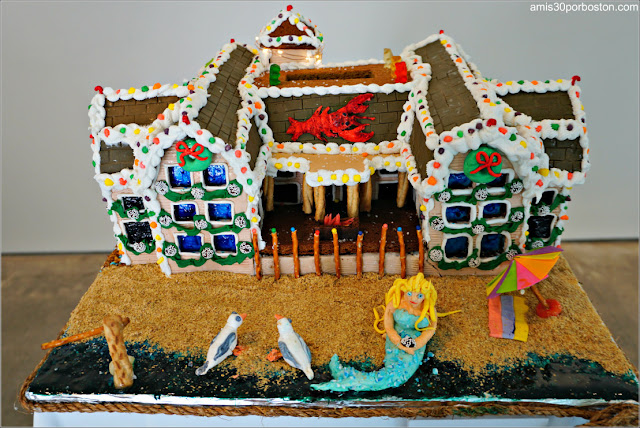 "Casita de Jengibre ""Gingerbread Hotel by the Sea"""