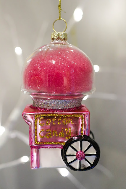 Canadian Fun Colourful Christmas Ornament Cotton Candy Machine