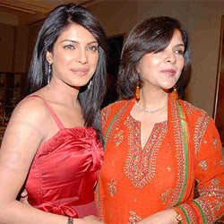 priyanka-will-be-ideal-for-my-biopic-zeenat-aman