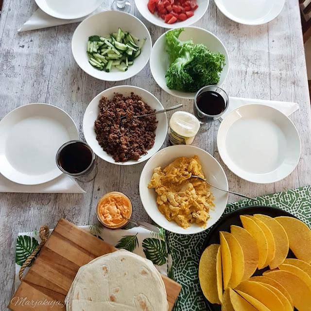 whirlpool chef plus mikroaaltouuni buzzador taco kuoret rapeutusalusta