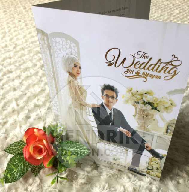 Contoh undangan pernikahan softcover siti dan yayan